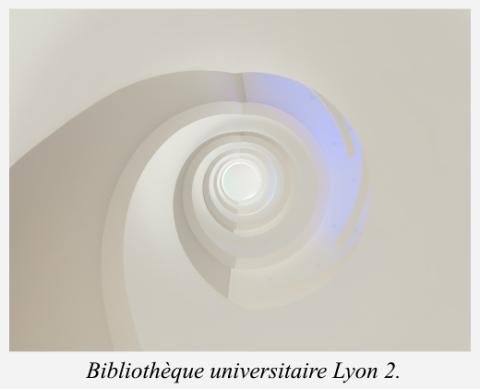 bibliotheque-universitaire-lyon-2-escalier